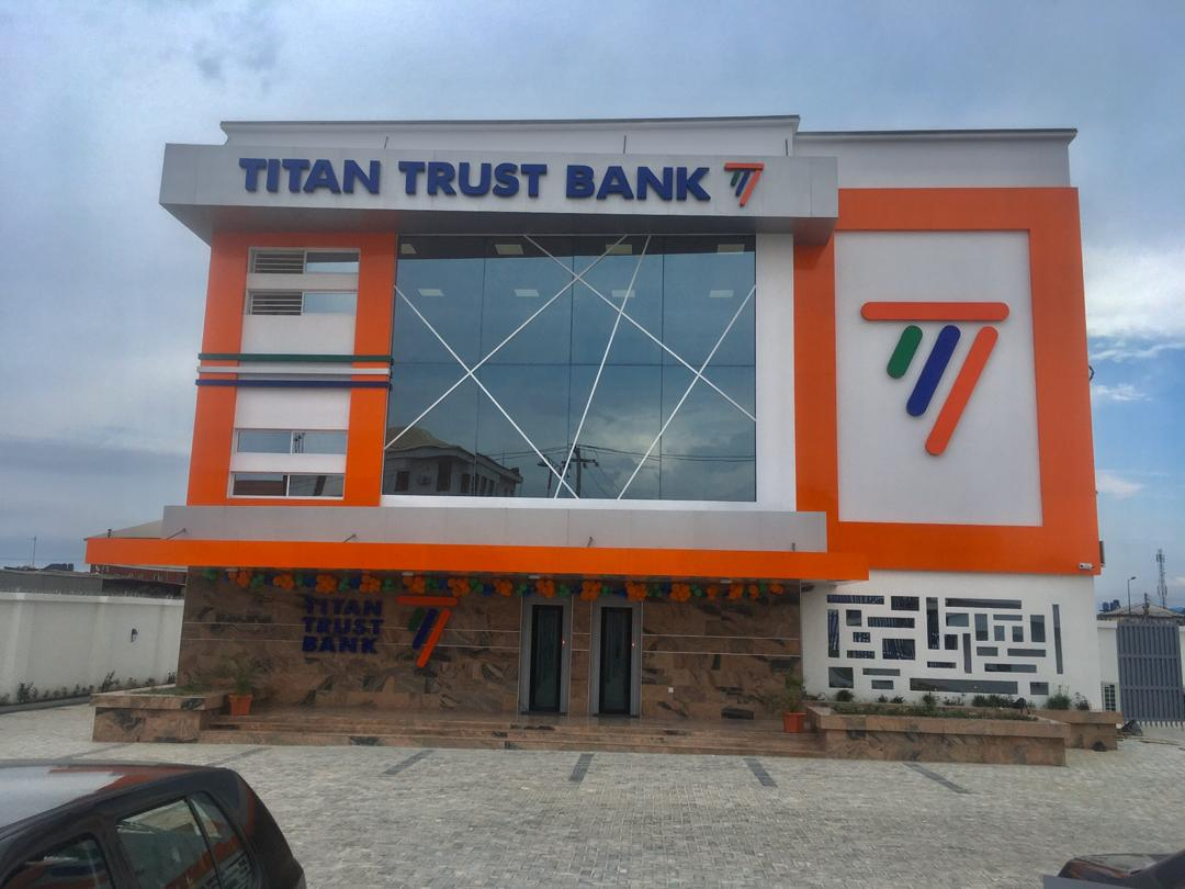Titan Trust Bank begins payment of N5 for every dollar